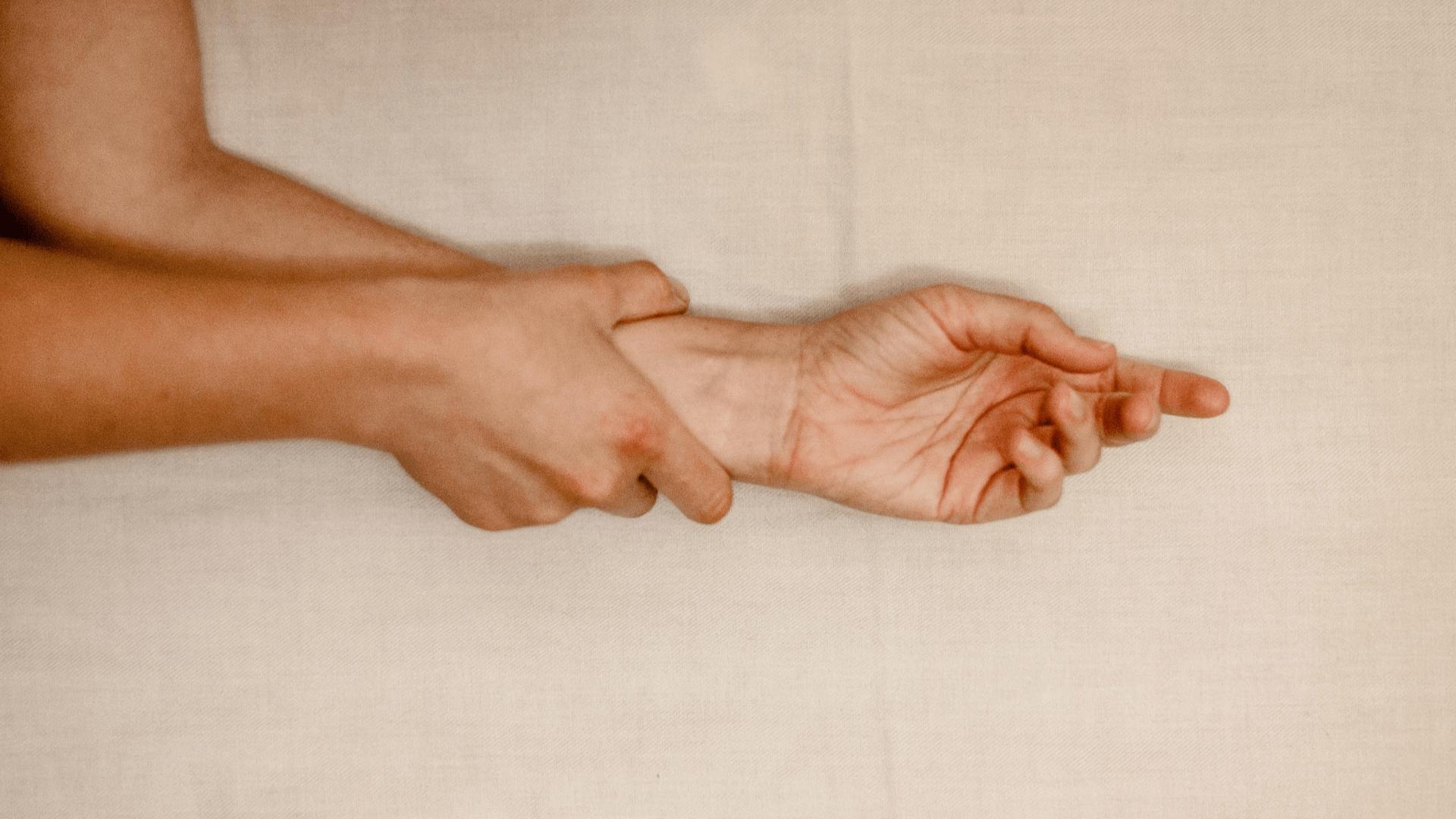 wrist tendonitis Sheffield Rotherham Doncaster Worksop